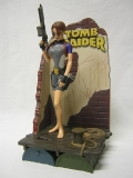 Figurka Lara Croft in Wet Suit - Tomb Raider Action Figure