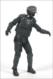 Figurka RIOT GEAR ZOMBIE - THE WALKING DEAD - ŽIVÍ MRTVÍ TV SERIES 4 - McFarlane