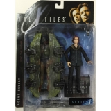 Figurka AGENT SCULLY WITH ARTCTIC GEAR AND CONTAINER - THE X-FILES - McFarlane