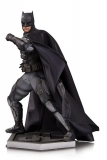 Soška Tactical Suit Batman -  Justice League Movie Statue