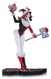 Soška Holiday Harley Quinn - DC Comics Red, White & Black Statue