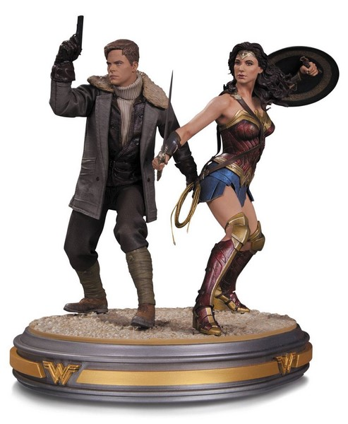 Soška Wonder Woman and Steve Trevor - Wonder Woman Movie Statue 1/6