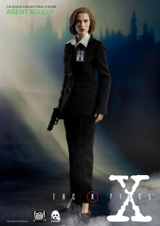Figurka Agent Scully (Deluxe Version) - The X-Files Action Figure 1/6