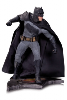 Soška Batman - Batman v Superman Dawn of Justice Statue