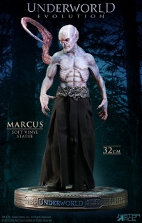 Soška Marcus Deluxe Version - Underworld: Evolution Soft Vinyl Statue