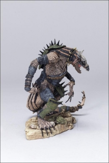 Figurka KOMODO DRAGON - MCFARLANE'S DRAGONS SERIES 3: QUEST FOR THE LOST KING