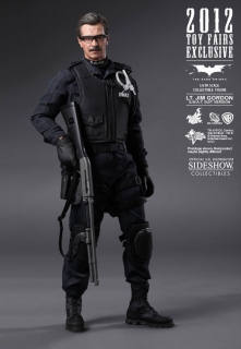 Figurka Jim Gordon SWAT Version Exclusive - Batman The Dark Knight Movie Masterpiece Action Figure 1/6